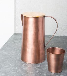 Pichet en cuivre et couvercle manguier